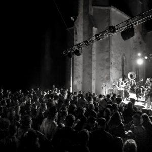 Des concerts et des spectacles dans les villages alentour