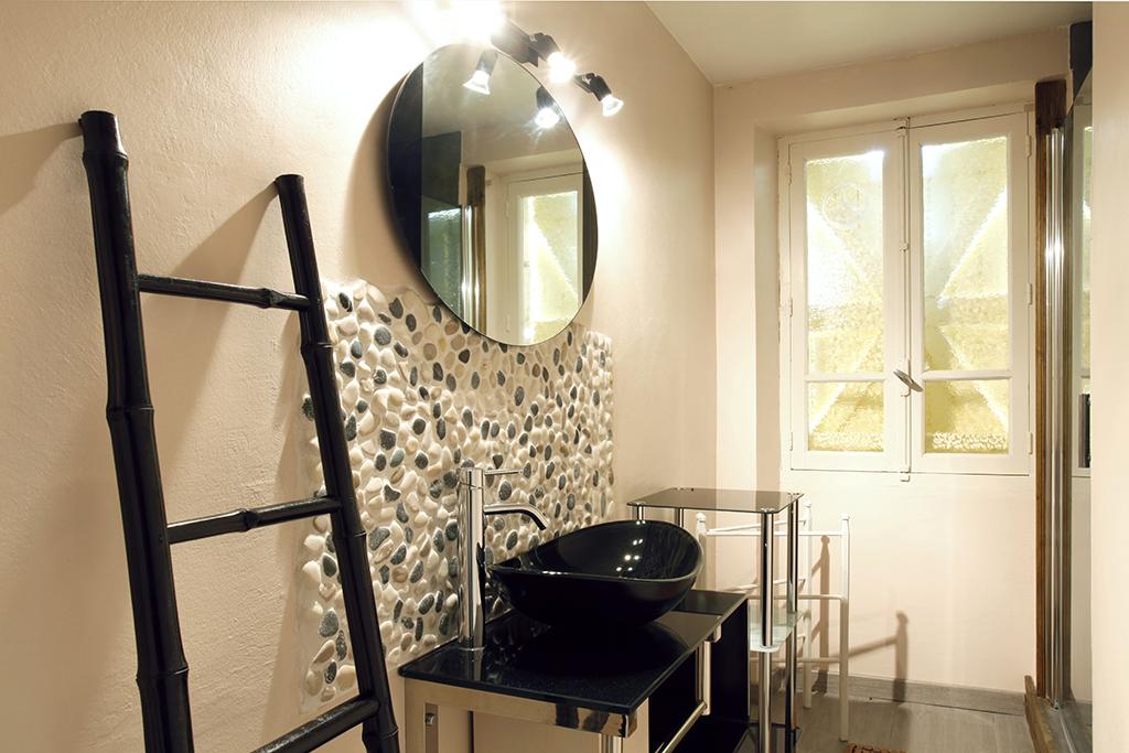 cazens – gite de france – salle de bains