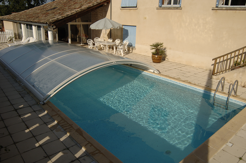 pigeonnier – gite de france – piscine commune